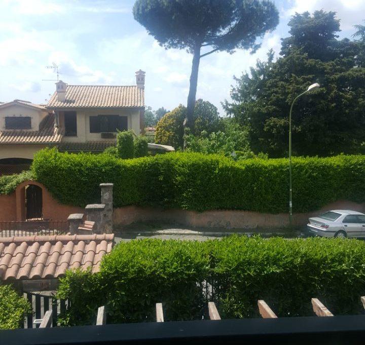 Appartamento in villa - Roccadi papa, via di frascati1