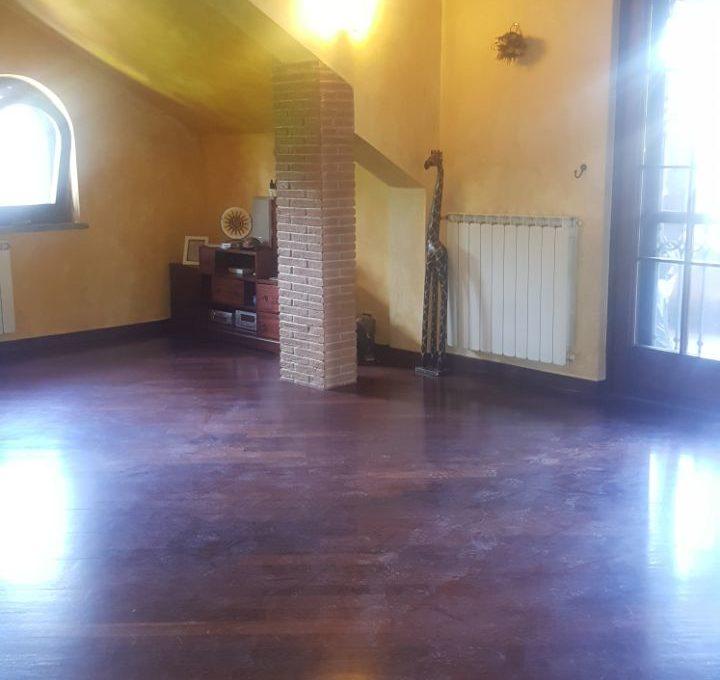 Appartamento in villa - Roccadi papa, via di frascati9